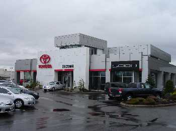 Larson Toyota building